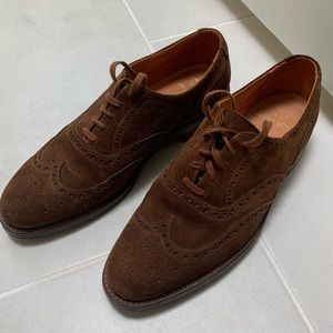 Brown bench made suede Ralph Lauren wingtips